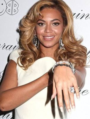 the_most_expensive_celebrity_engagement_rings_640_45